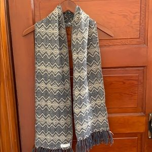 Gray and white Alpaca scarf
